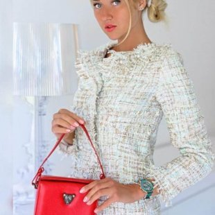 Red MicroB boxy bag by RusiDesigns